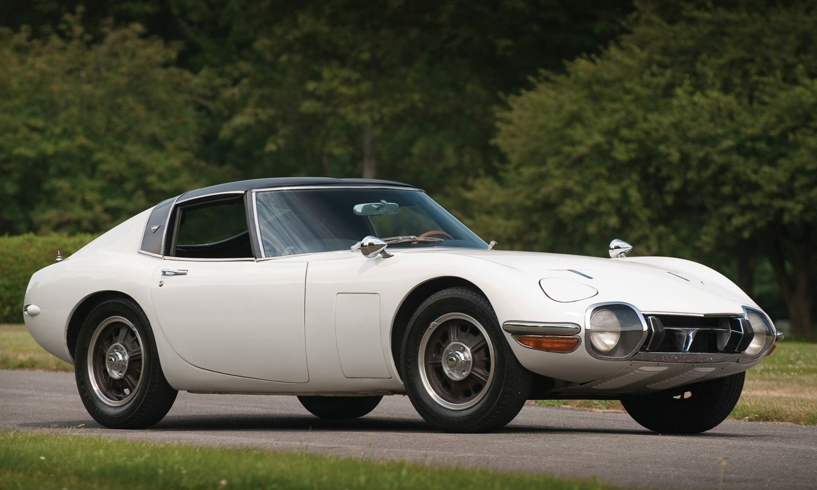 1966 Toyota 2000GT Targa - Bond Movie Car Idea Realized, But Earned Only $200k in RM Auctions London 2010 28