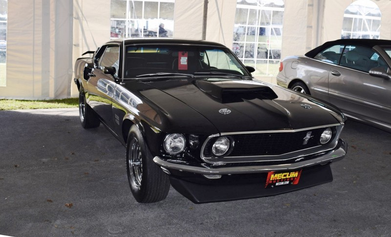1969 Ford Mustang BOSS 429 in Raven Black 13