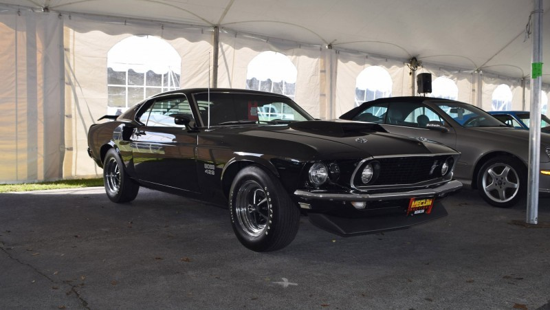 1969 Ford Mustang BOSS 429 in Raven Black 14