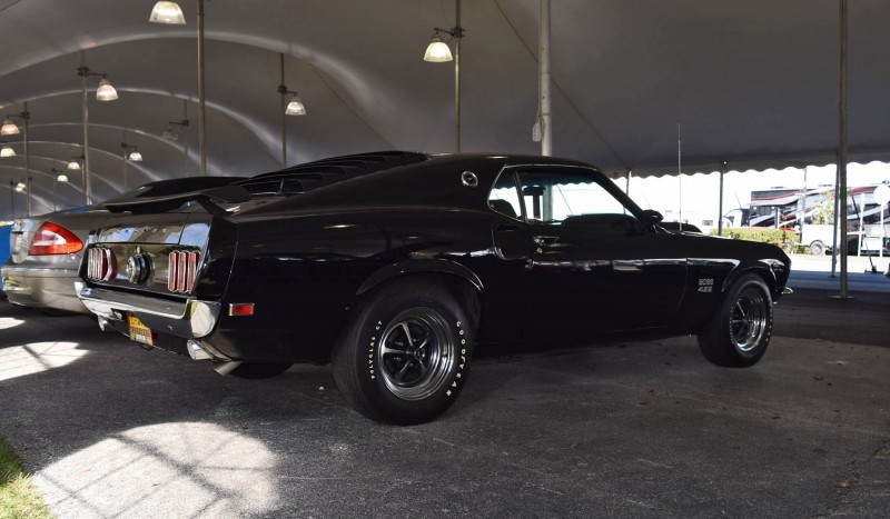 1969 Ford Mustang BOSS 429 in Raven Black 18