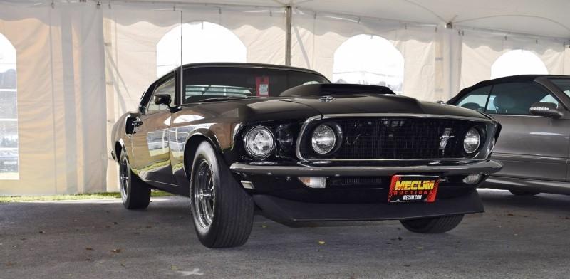 1969 Ford Mustang BOSS 429 in Raven Black 3