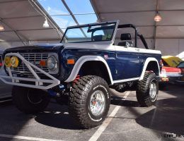 Mecum 2016 – 1977 Ford BRONCO SPORT 5.0 Roadster in White/Blue