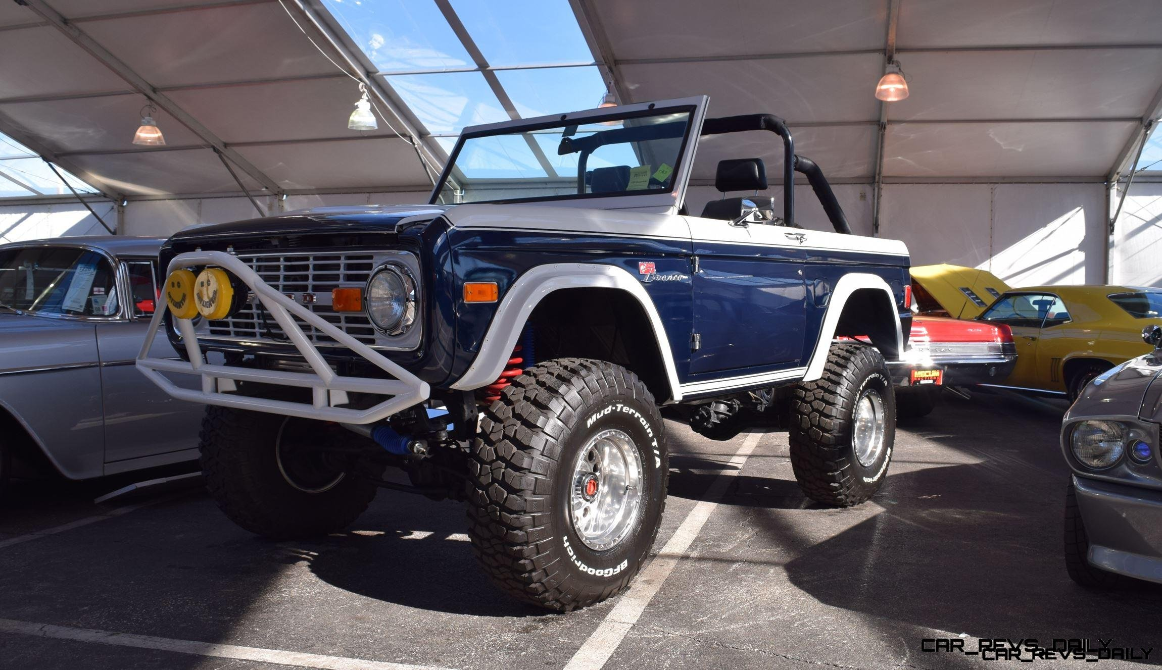 Mecum 2016 1977 Ford Bronco Sport 50 Roadster In White Blue 1970 Police Car