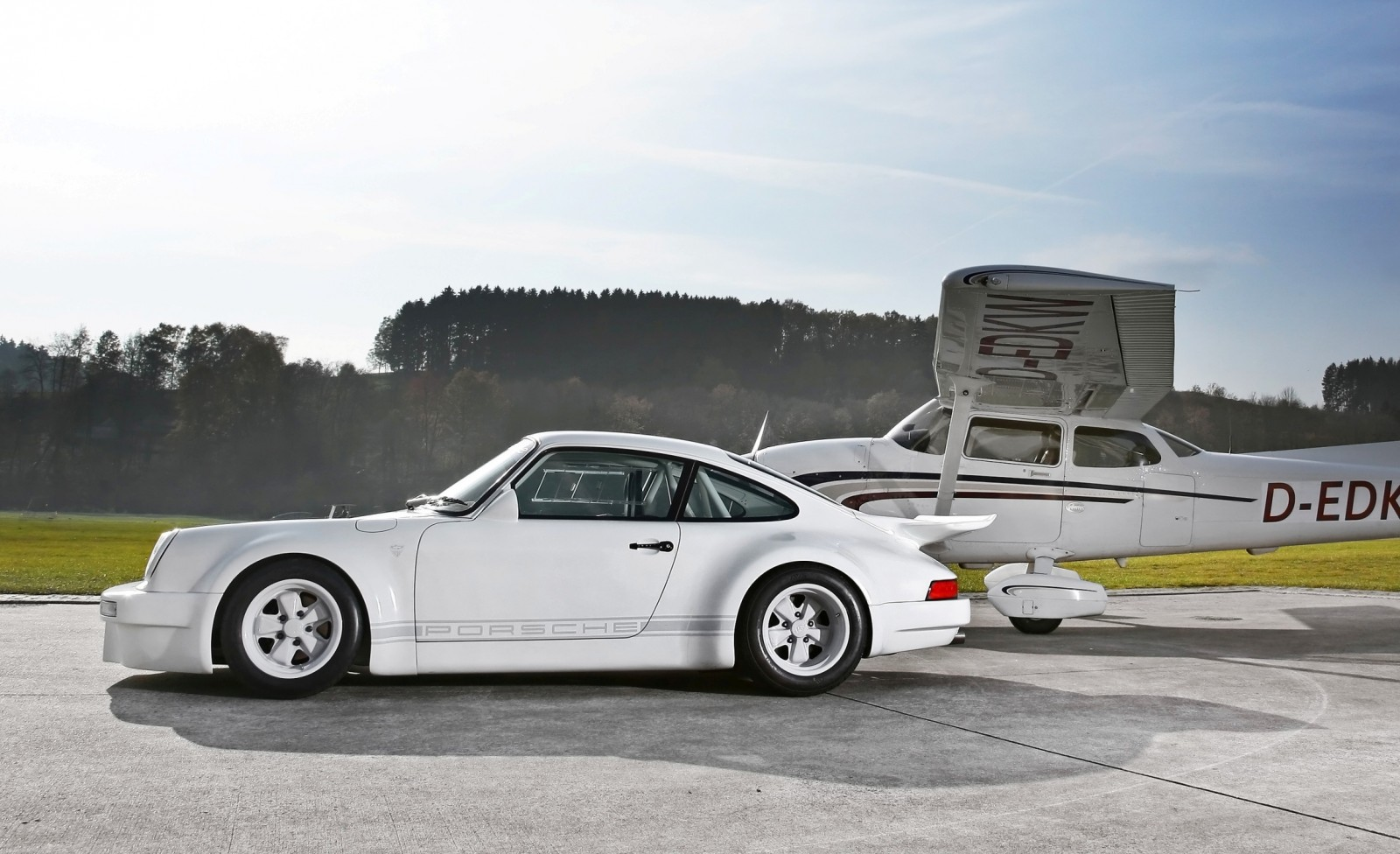 1973 Porsche 911 Lightweight Carbon Widebody by DP Motorsport 19