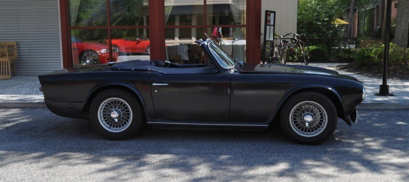 1974 Triumph TR6 Is Track-Prepped and Rally-Ready in Flat Black 11