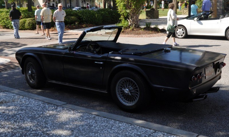 1974 Triumph TR6 Is Track-Prepped and Rally-Ready in Flat Black 5
