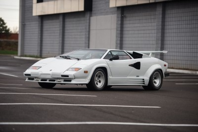 1988.5 Lamborghini Countach 5000 QV in Bianco White is AS_NEW! Just 8k Miles 1988.5 Lamborghini Countach 5000 QV in Bianco White is AS_NEW! Just 8k Miles