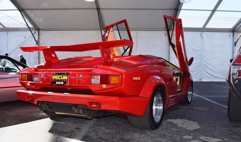 1989 Lamborghini COUNTACH 25th Anniversary Edition  30