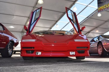 1989 Lamborghini COUNTACH 25th Anniversary Edition 9