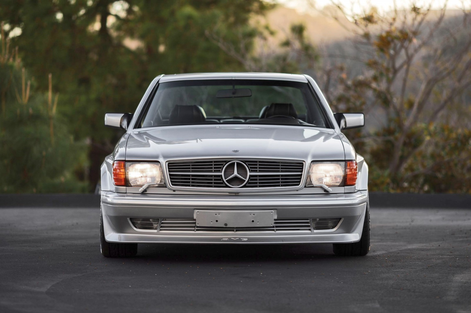 1989 Mercedes-Benz 560SEC 6 0 AMG Widebody Looks Ready for
