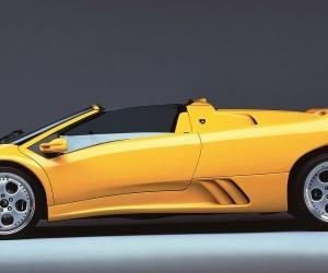 http://www.car-revs-daily.com/wp-content/uploads/1996-Lamborghini-Diablo-Roadster-6-300x250.jpg