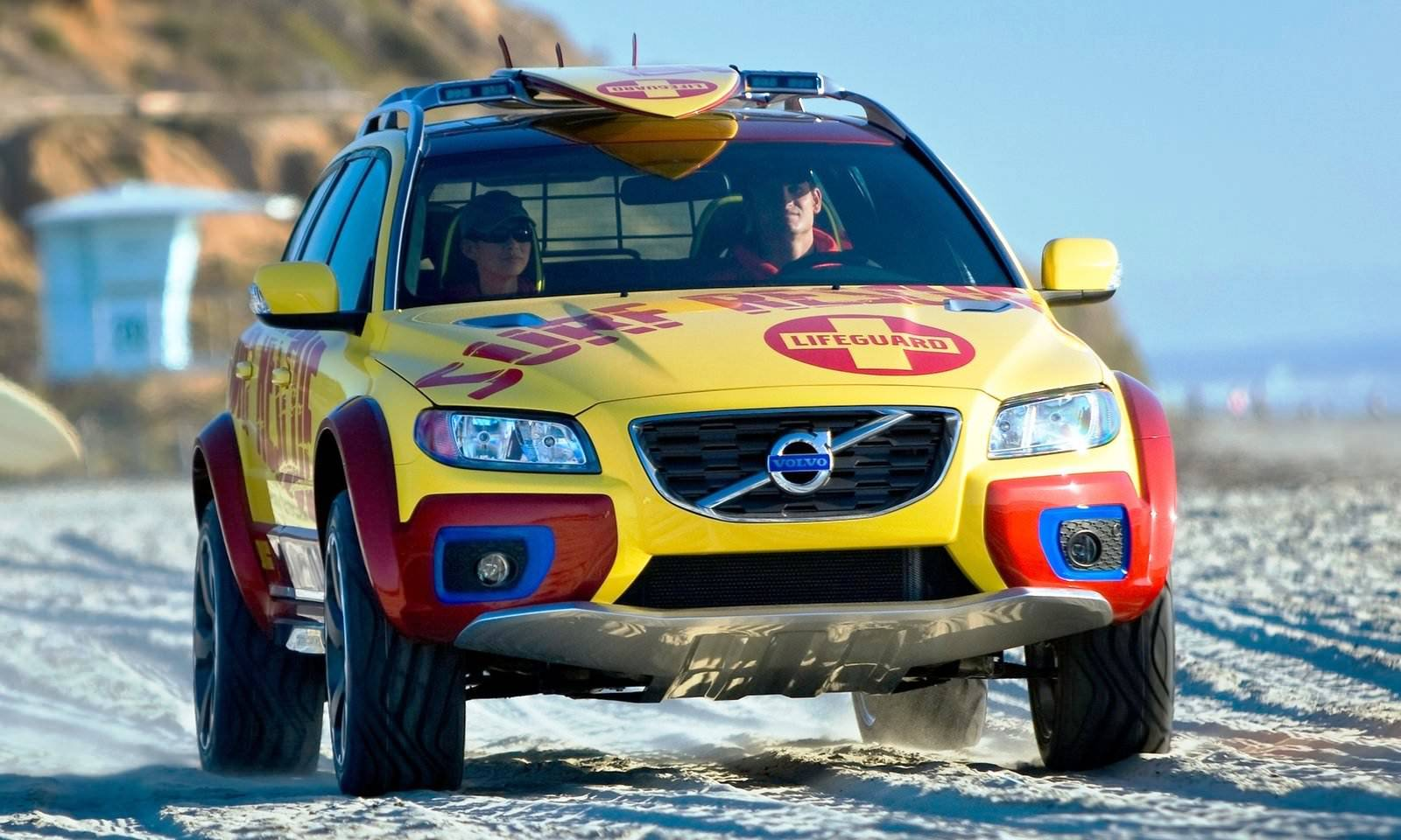 2005 Volvo Xc70 At And 2007 Xc70 Surf Rescue Are California