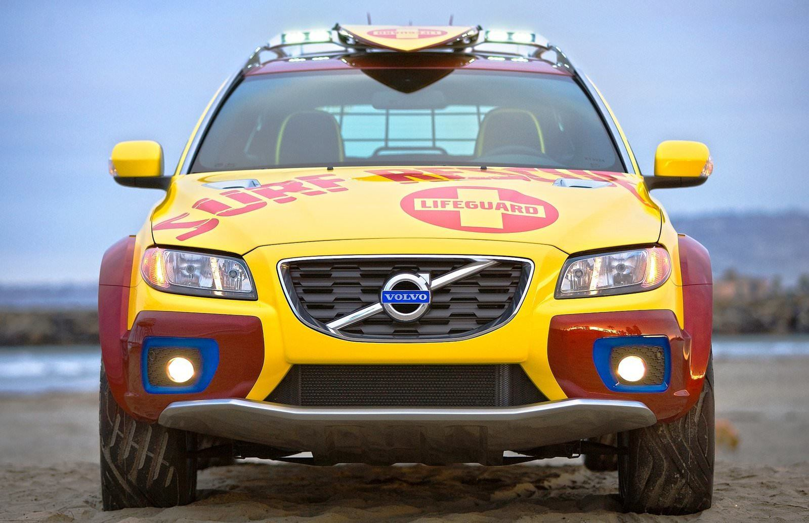 2005 Volvo XC70 AT and 2007 XC70 Surf Rescue are California Surf'n'Turf Dreams 30