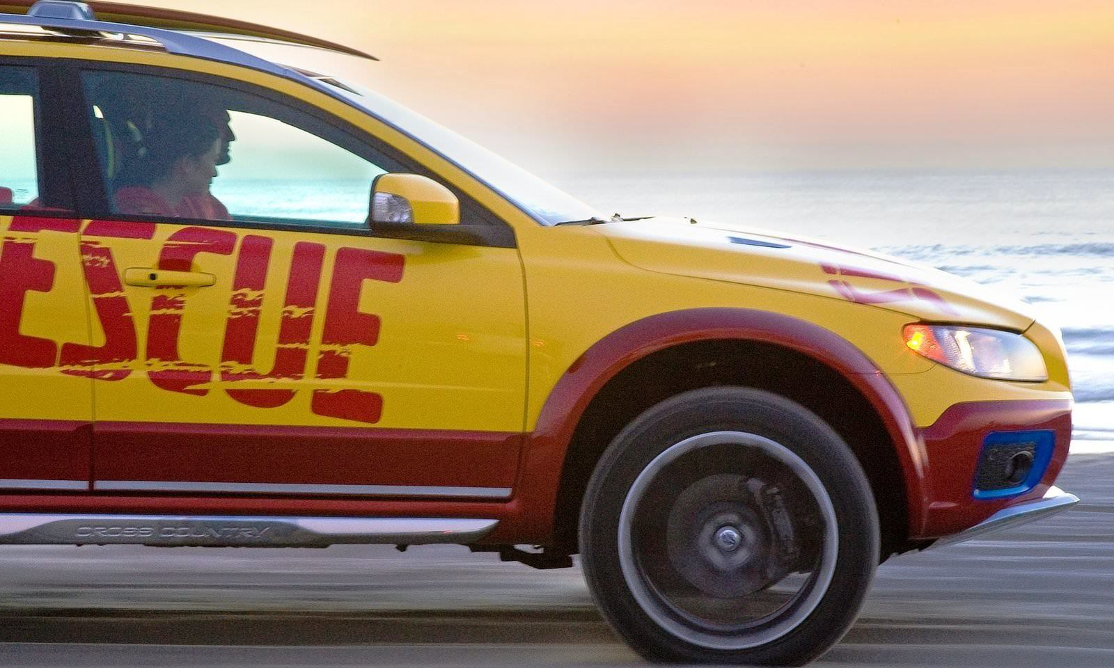 2005 Volvo XC70 AT and 2007 XC70 Surf Rescue are California Surf'n'Turf Dreams 35
