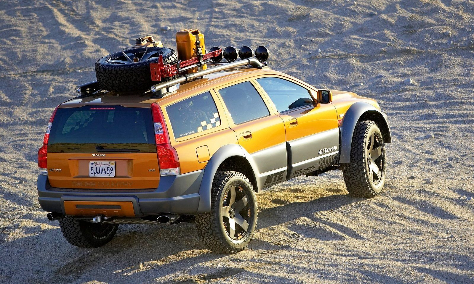 2005 Volvo XC70 AT and 2007 XC70 Surf Rescue are California Surf'n'Turf Dreams 8