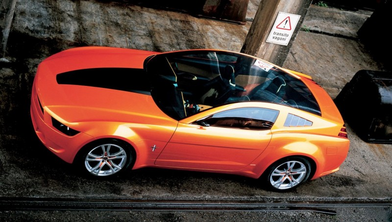 2006 Giugiaro Ford Mustang Concept Was Ringer vs In-House Ford Designs 10
