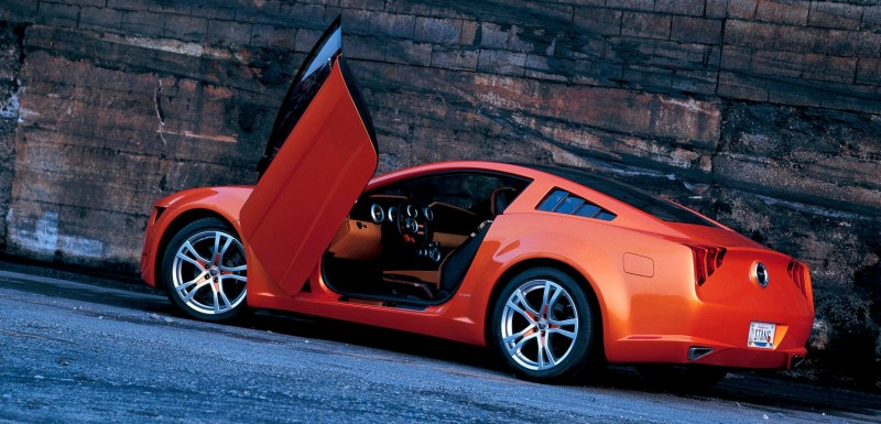 2006 Giugiaro Ford Mustang Concept Was Ringer vs In-House Ford Designs 14