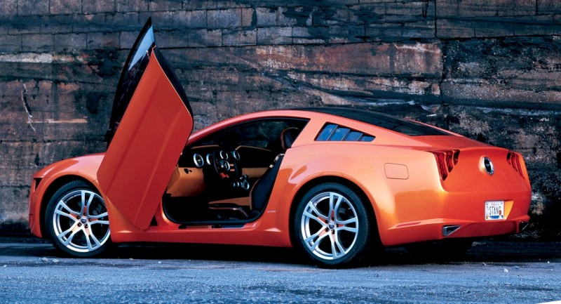 2006 Giugiaro Ford Mustang Concept Was Ringer vs In-House Ford Designs 17