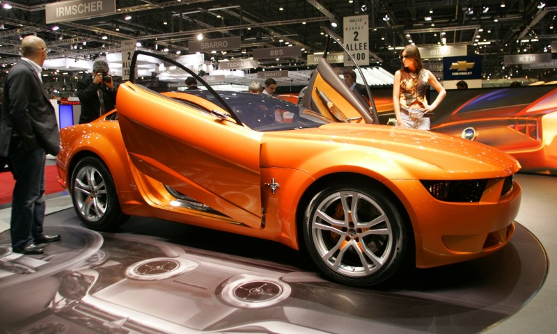2006 Giugiaro Ford Mustang Concept Was Ringer vs In-House Ford Designs 26