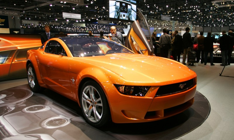 2006 Giugiaro Ford Mustang Concept Was Ringer vs In-House Ford Designs 27