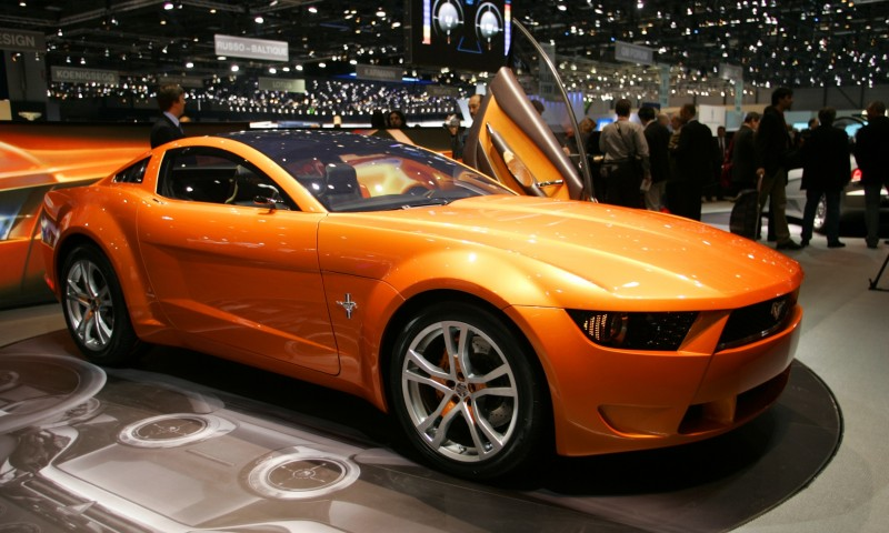 2006 Giugiaro Ford Mustang Concept Was Ringer vs In-House Ford Designs 28