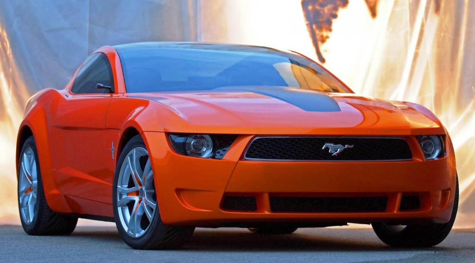2006 Giugiaro Ford Mustang Concept Was Ringer vs In-House Ford Designs 4