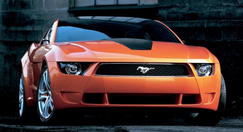 2006 Giugiaro Ford Mustang Concept Was Ringer vs In-House Ford Designs 7