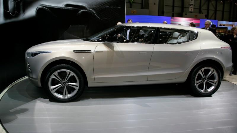 2009 Aston Martin LAGONDA SUV Concept 7