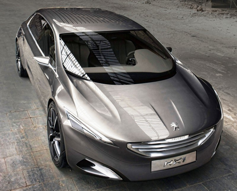 2011 Peugeot HX1 Concept Shows Sumptuous Detailing and Scale, But Front-Drive Proportions 8