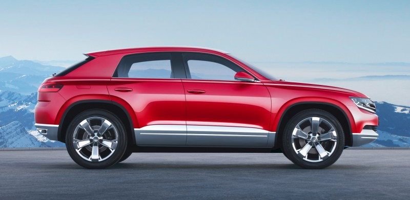 2011 Volkswagen Cross Coupe SUV Concept 13