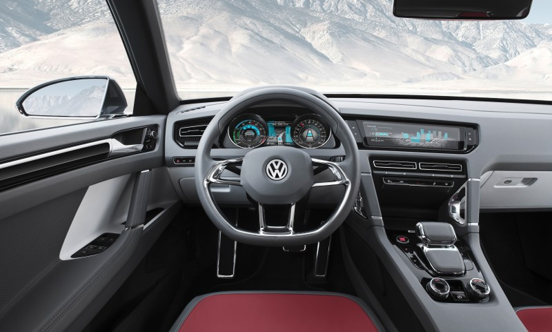 2011 Volkswagen Cross Coupe SUV Concept 34