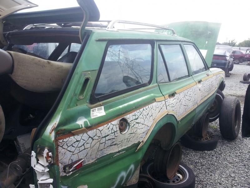 20120613_150218 junkyard finds 76 toyota corolla wagon woodie_7394136396_l