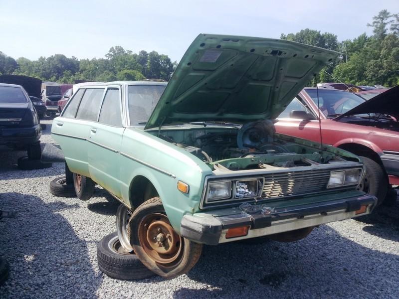 20120614_102454 datsun 510 wagon_7394252854_l
