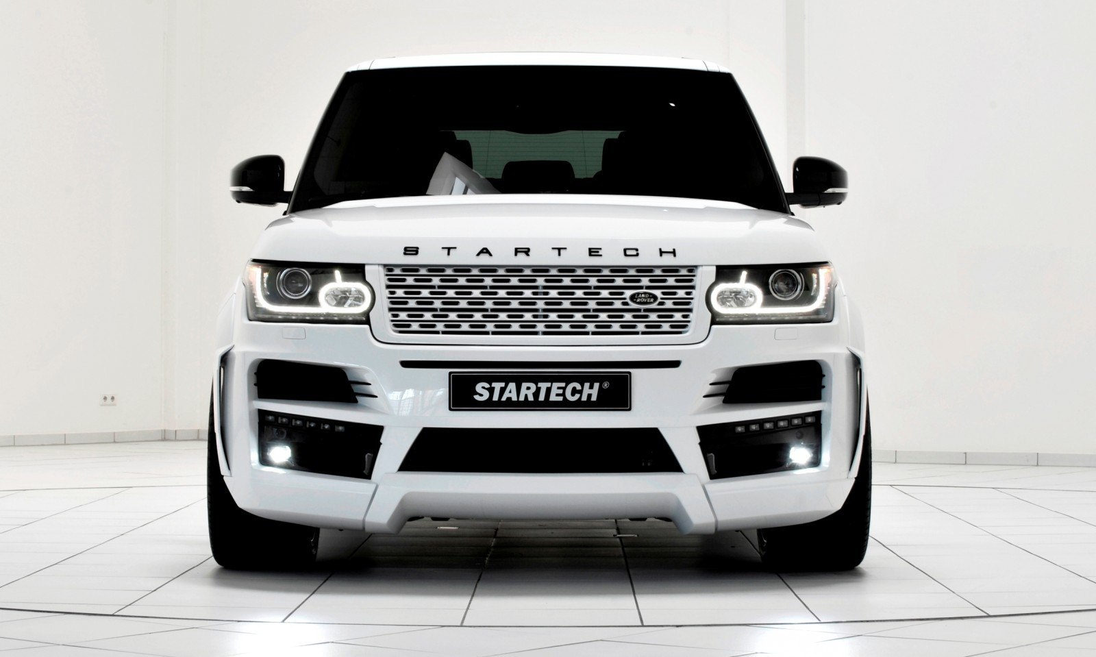 2013-2015 Range Rover By StarTech Brings Best of BRABUS Tech to Lux SUV King 24
