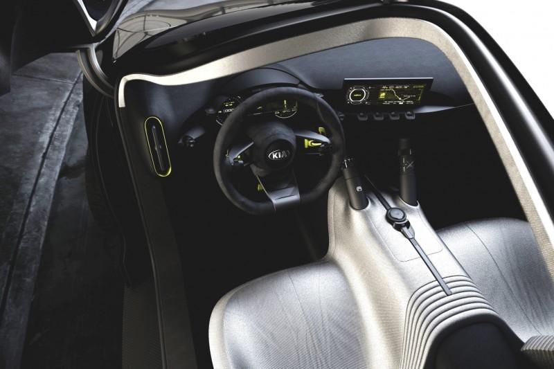 2013 Kia Niro 4