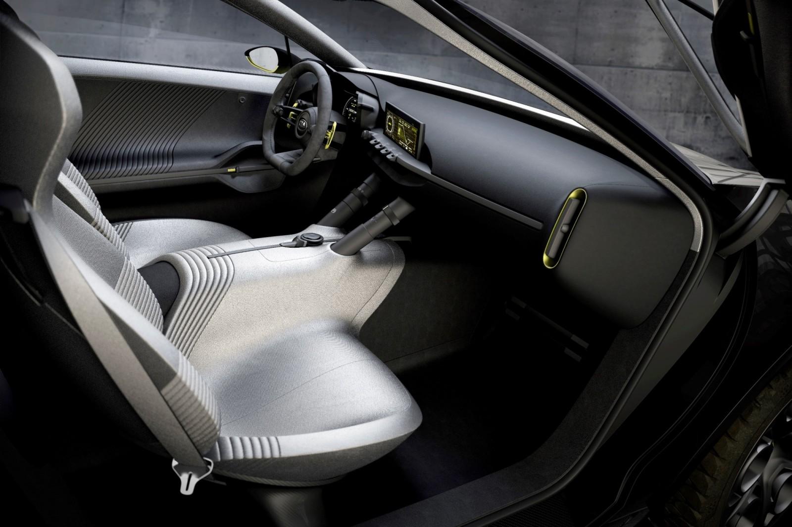 2013 Kia Niro 5