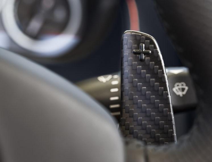 2014 Aston Martin V12 Vantage S Roadster 17