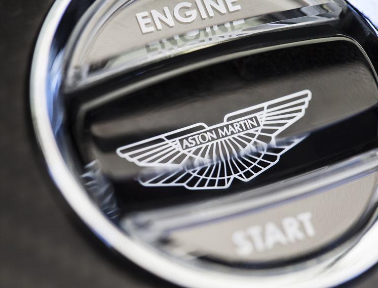 2014 Aston Martin V12 Vantage S Roadster 19