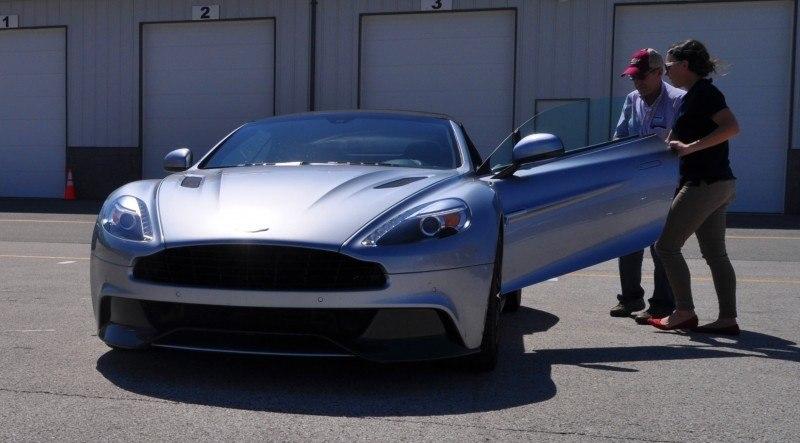 2014 Aston Martin Vanquish Volante 10