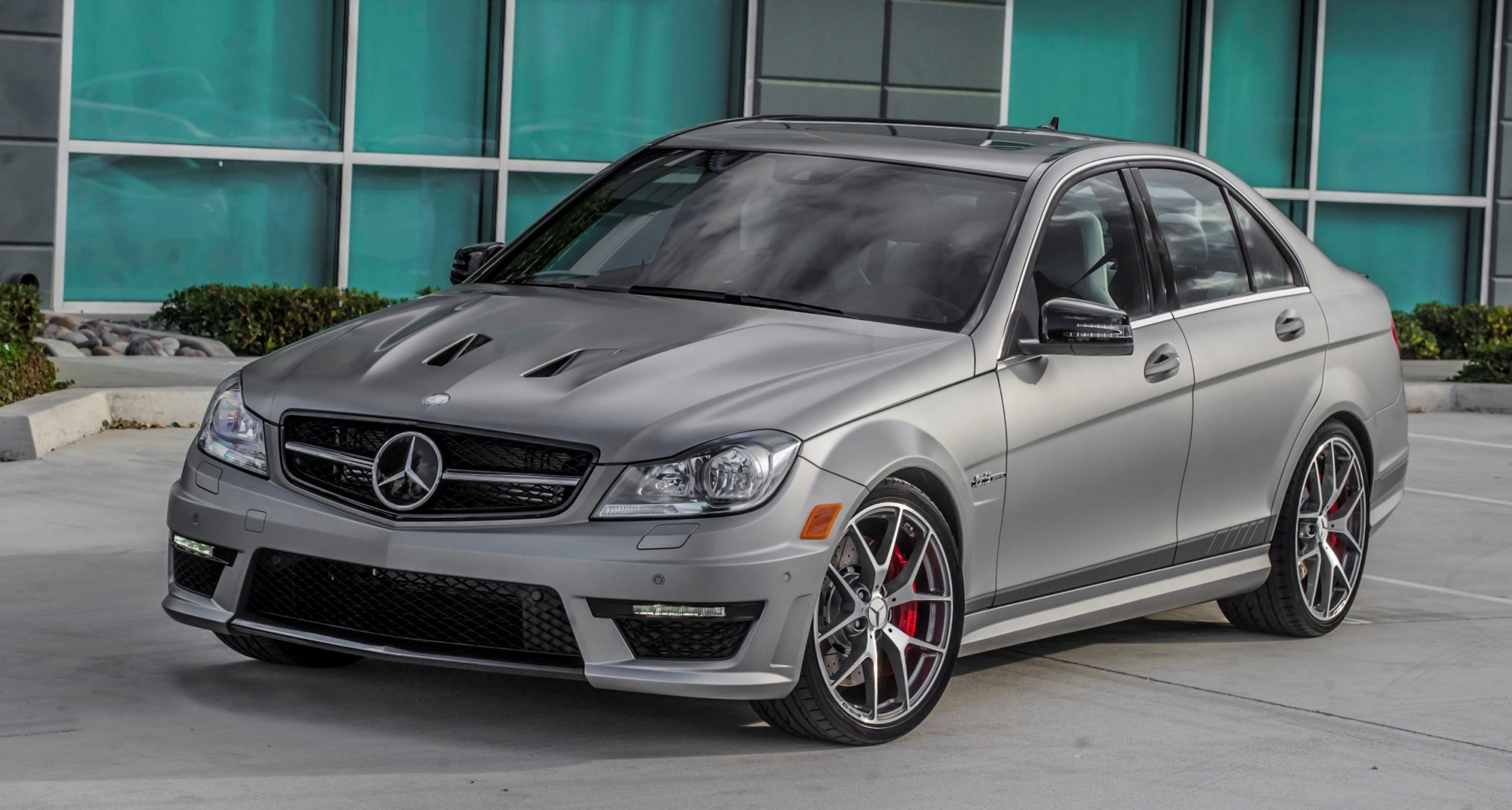 2014 c63 amg edition 507 sedan and coupe going out with v8 flash bang. Black Bedroom Furniture Sets. Home Design Ideas