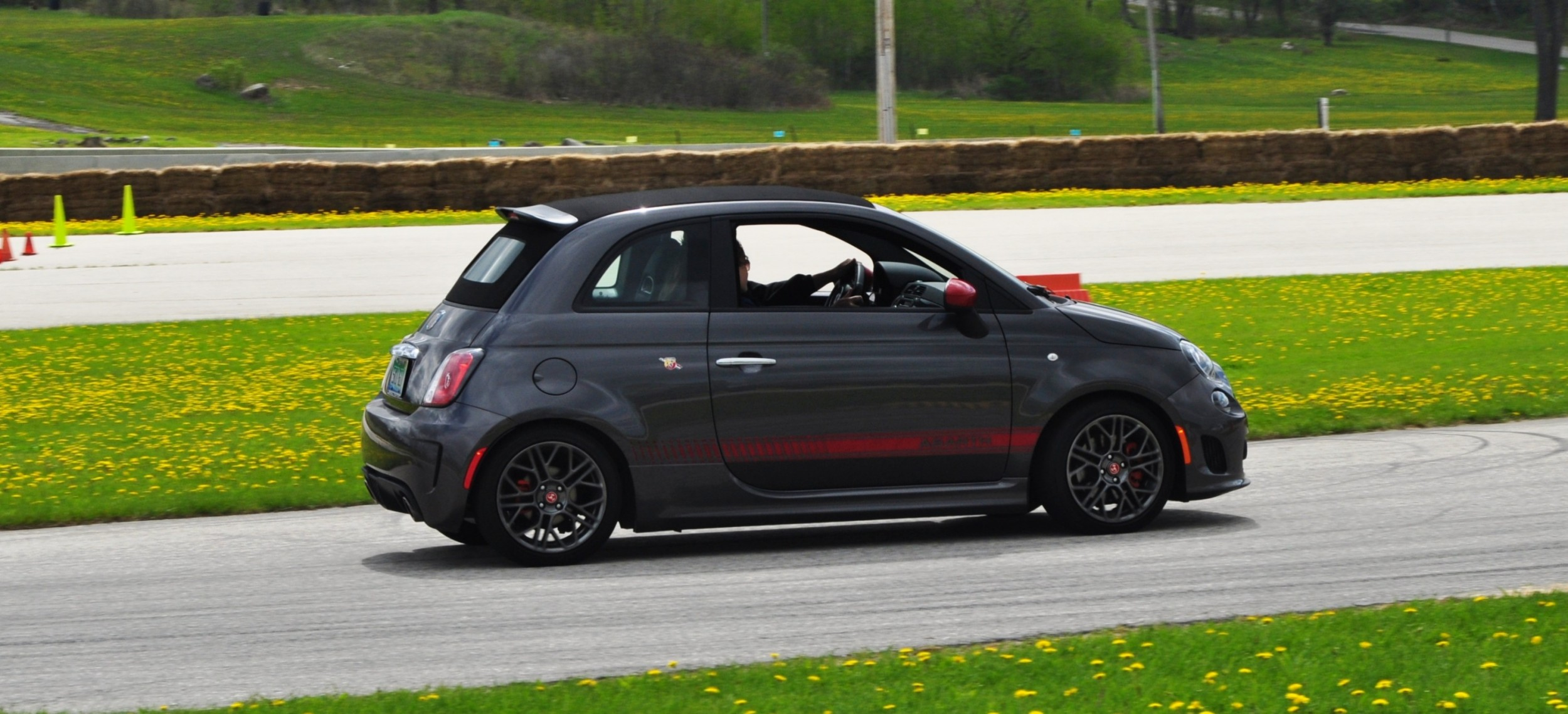 2014 fiat abarth 500c wins hottest exhaust note on autocross track. Black Bedroom Furniture Sets. Home Design Ideas