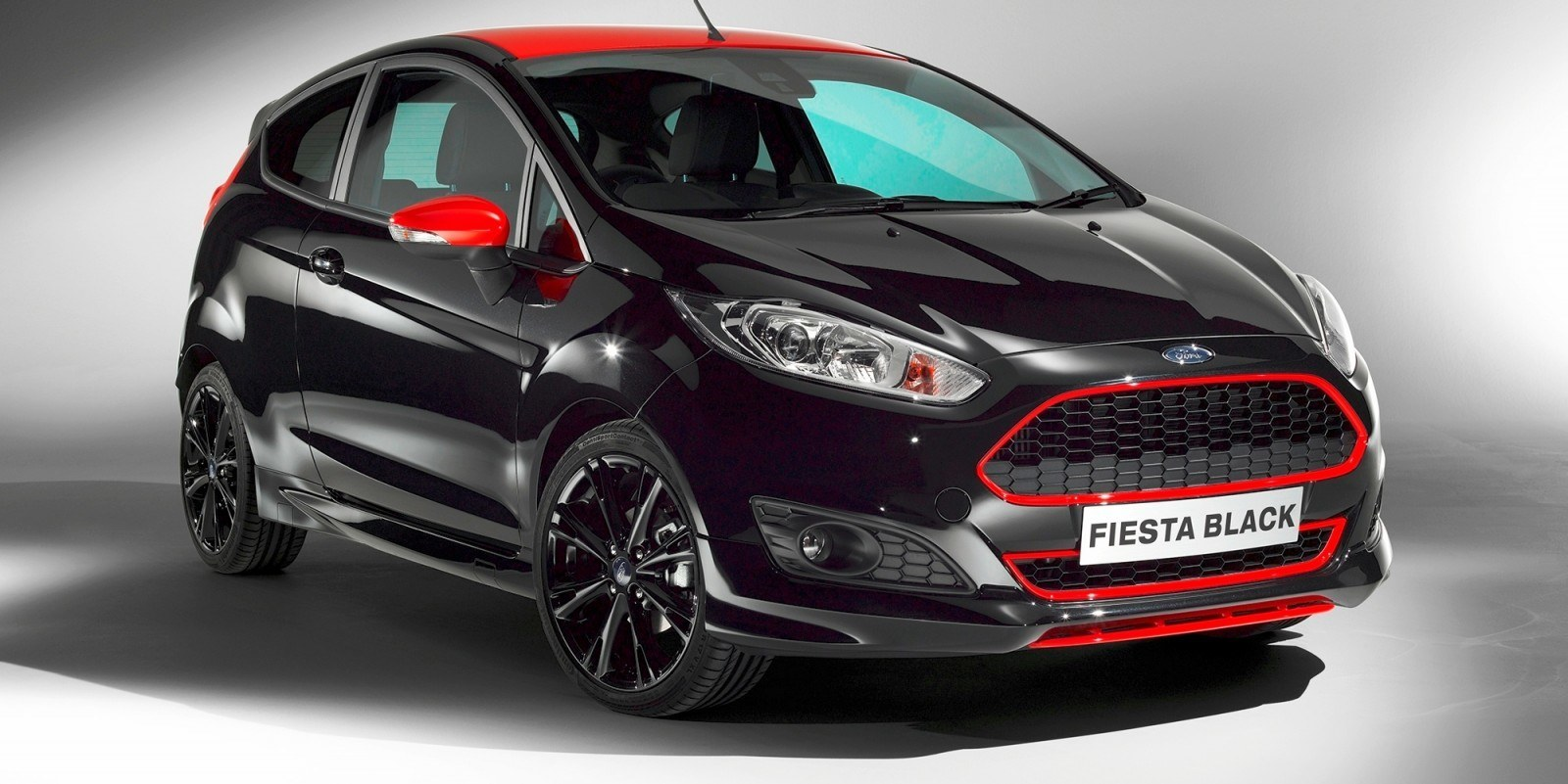 2014 Ford Fiesta Red Edition and Fiesta Black Edition Announced for UK 13