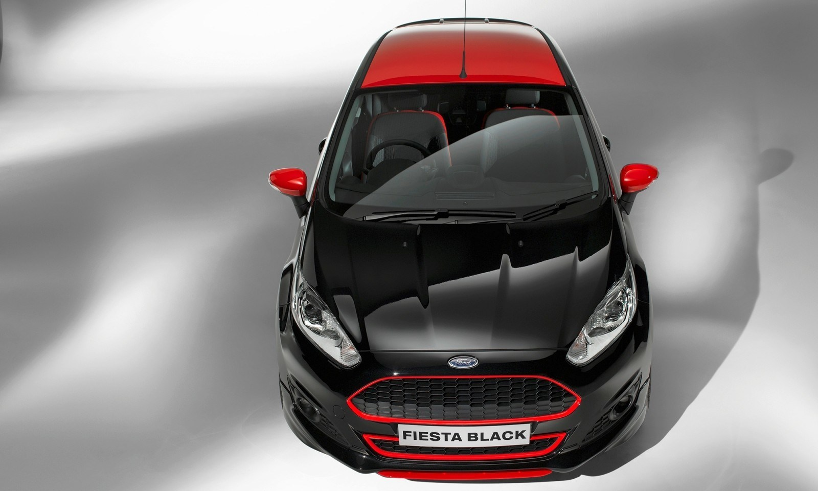 2014 Ford Fiesta Red Edition and Fiesta Black Edition Announced for UK 15
