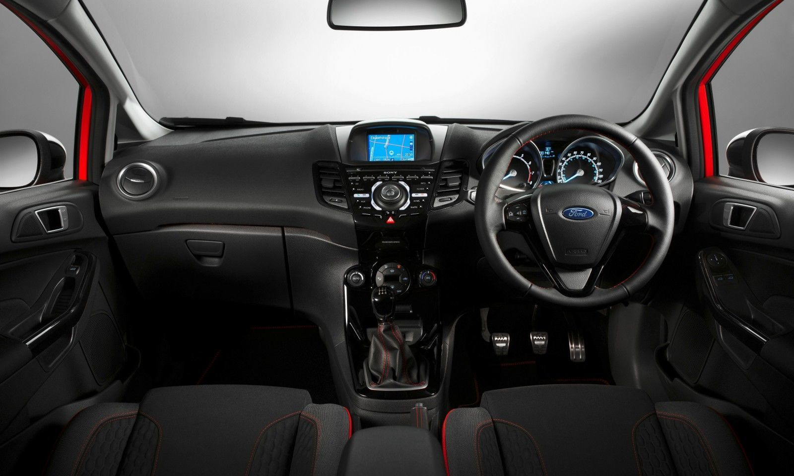 2014 Ford Fiesta Red Edition and Fiesta Black Edition Announced for UK 2