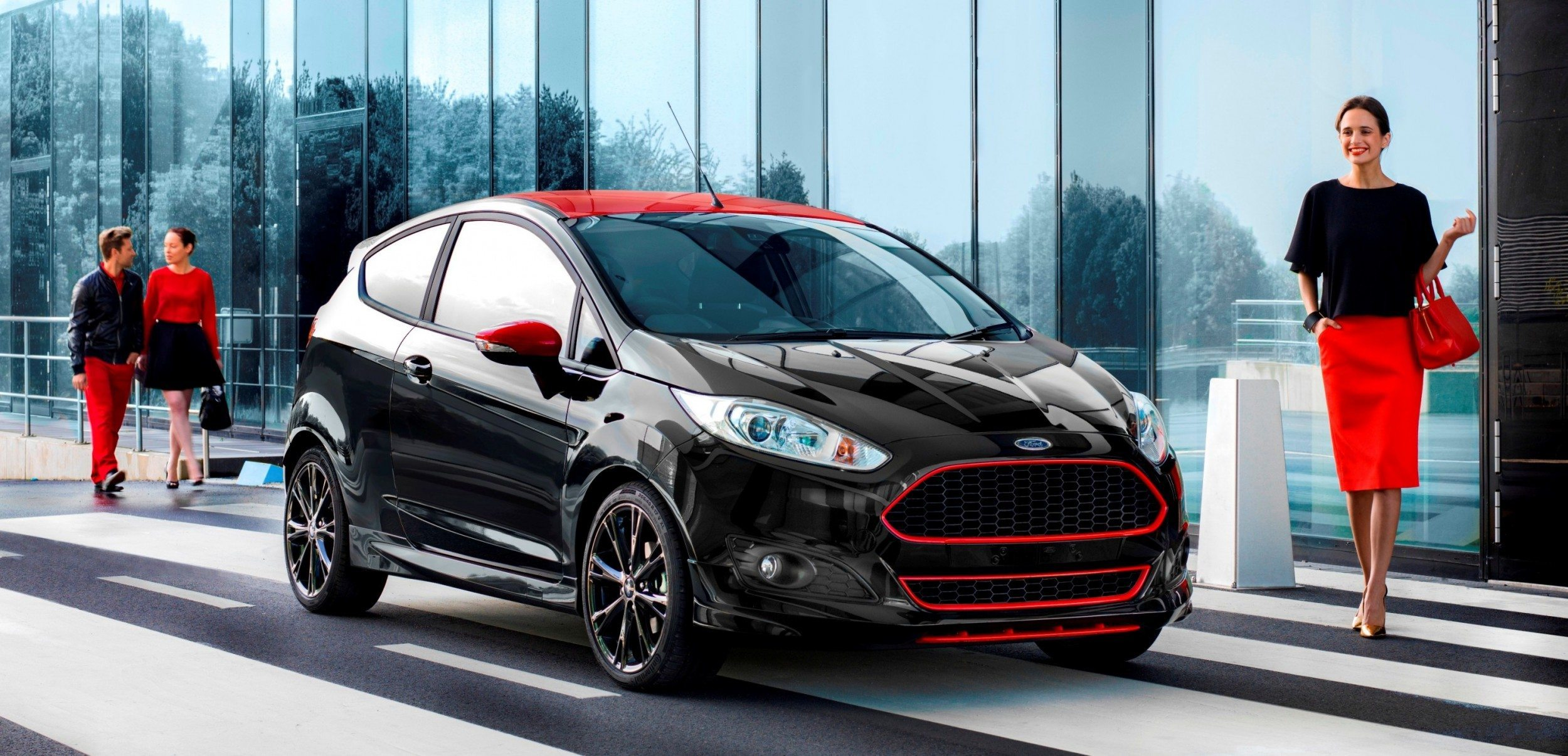 ford fiesta red edition  fiesta black edition  uk  aston style painted lips