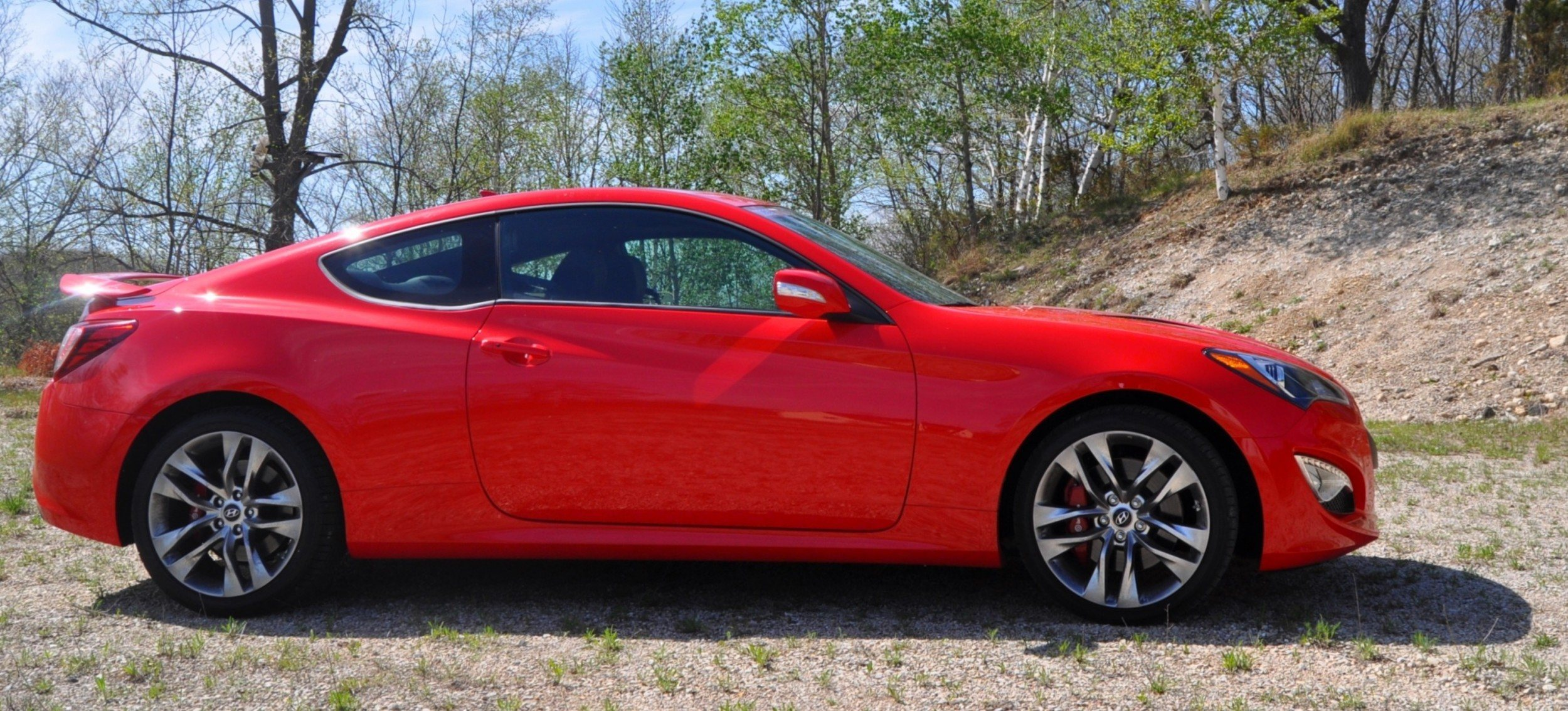 2014 hyundai genesis coupe 3 8l v6 r spec road test review of fast and fun rwd sportscar 26. Black Bedroom Furniture Sets. Home Design Ideas