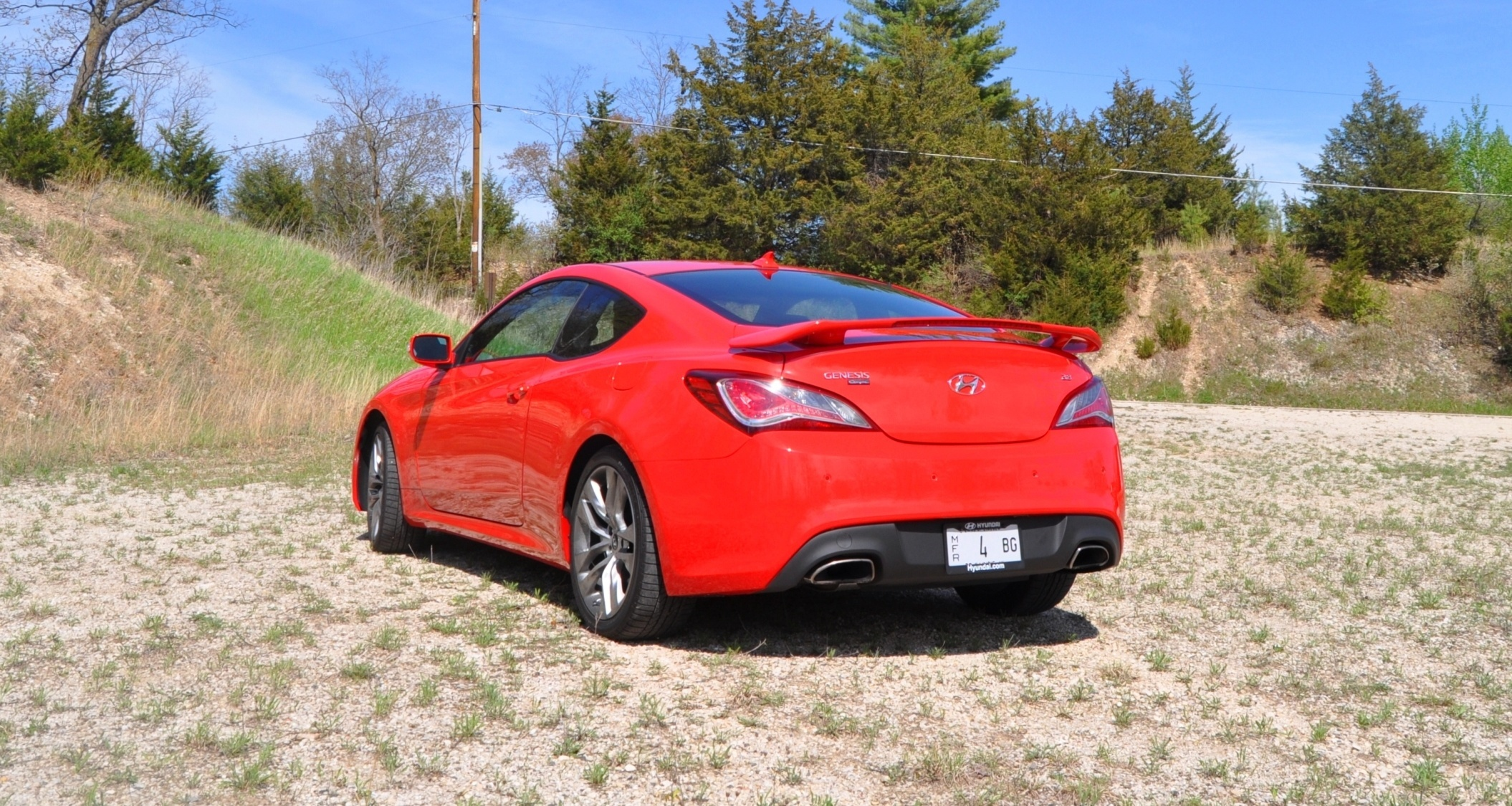 2014 hyundai genesis coupe 3 8l v6 r spec road test review of fast and fun rwd sportscar 46. Black Bedroom Furniture Sets. Home Design Ideas