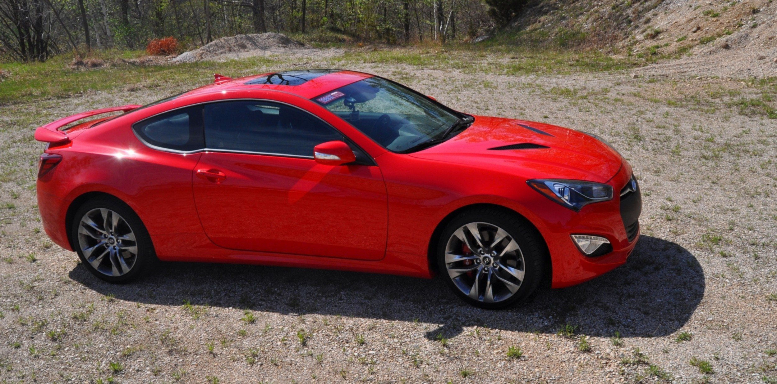 2014 Hyundai Genesis Coupe 3.8L V6 R-Spec - Road Test Review of FAST