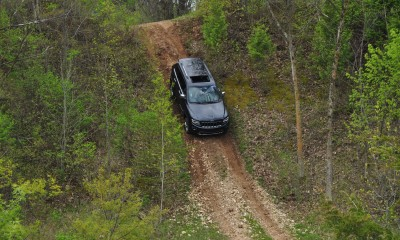 2014 Jeep Grand Cherokee Shows Its Trail Rated Skills Off-Road 18