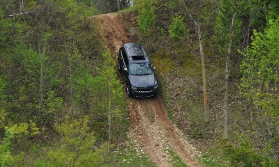 2014 Jeep Grand Cherokee Shows Its Trail Rated Skills Off-Road 19